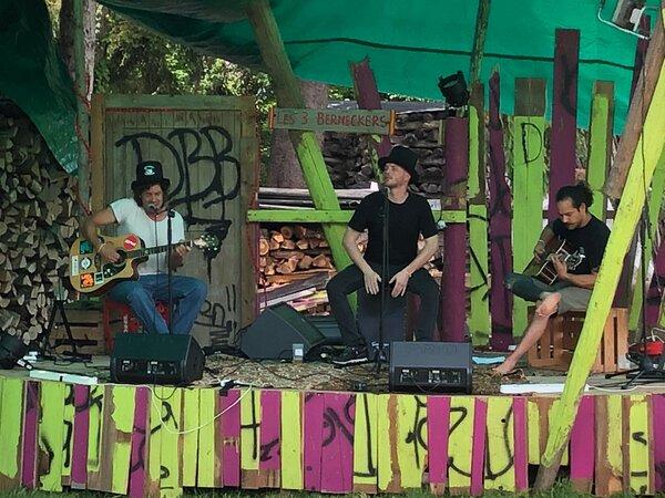 Les Trois Berneckers live in der Bierhalle Balgach