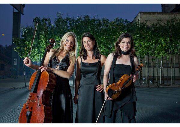 MaiBlüten 21: Trio Artemis und Samuel Zünd