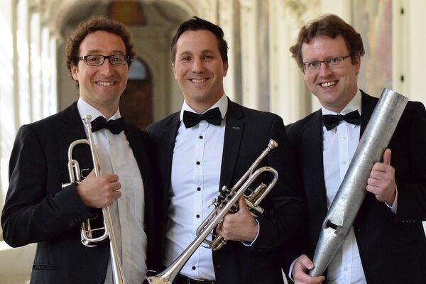 Konzert für zwei Trompeten und Orgel mit Trio Toccata